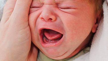 Baby schreit? 5 Schreiarten und was sie bedeuten - Foto: iStock