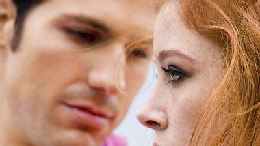 Diese 7 Sätze deuten darauf hin, dass deine Beziehung bald vorbei ist - Foto: iStock