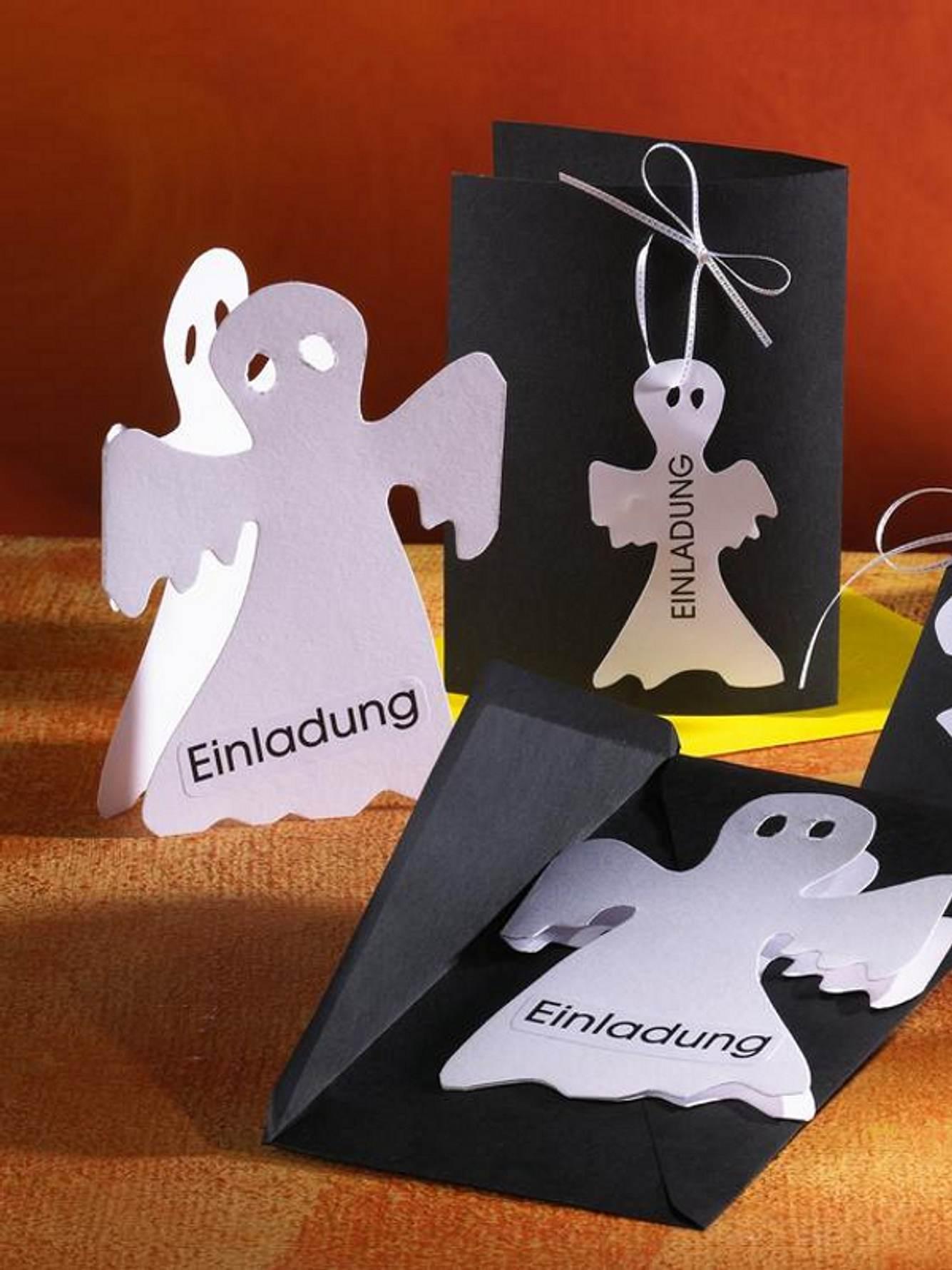 943890 halloween partyeinladungskartemitgespenstx800
