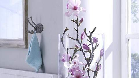 953908 magnolieninderglasvasex800 - Foto: deco&style