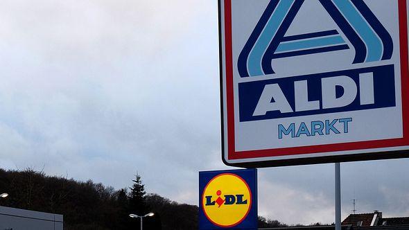 Salmonellen-Rückruf: Die Gewürzmischungen gab es in verschiedenen Supermärkten zu kaufen - Foto:  PATRIK STOLLARZ / Freier Fotograf / AFP via Getty Images