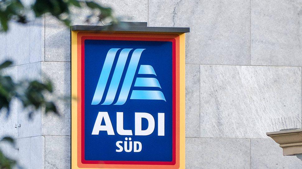 Wegen diesem neuen ALDI-Produkt flippen gerade alle Frauen aus! - Foto: IMAGO / Michael Gstettenbauer