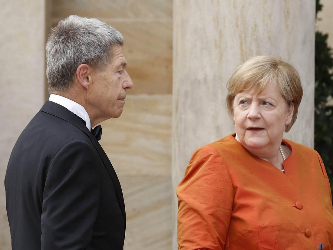 Angela Merkel steht nicht nur eine Trennung vom Kanzleramt bevor, sondern auch von Ehemann Joachim Sauer...