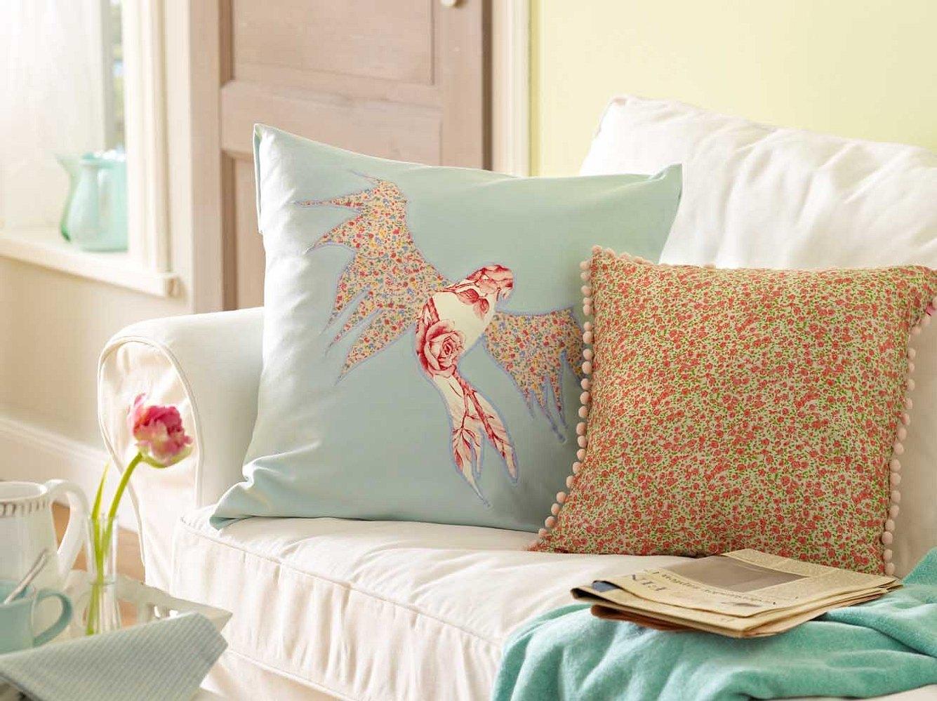 Diese Kissen machen Ihr Sofa noch entspannter!
