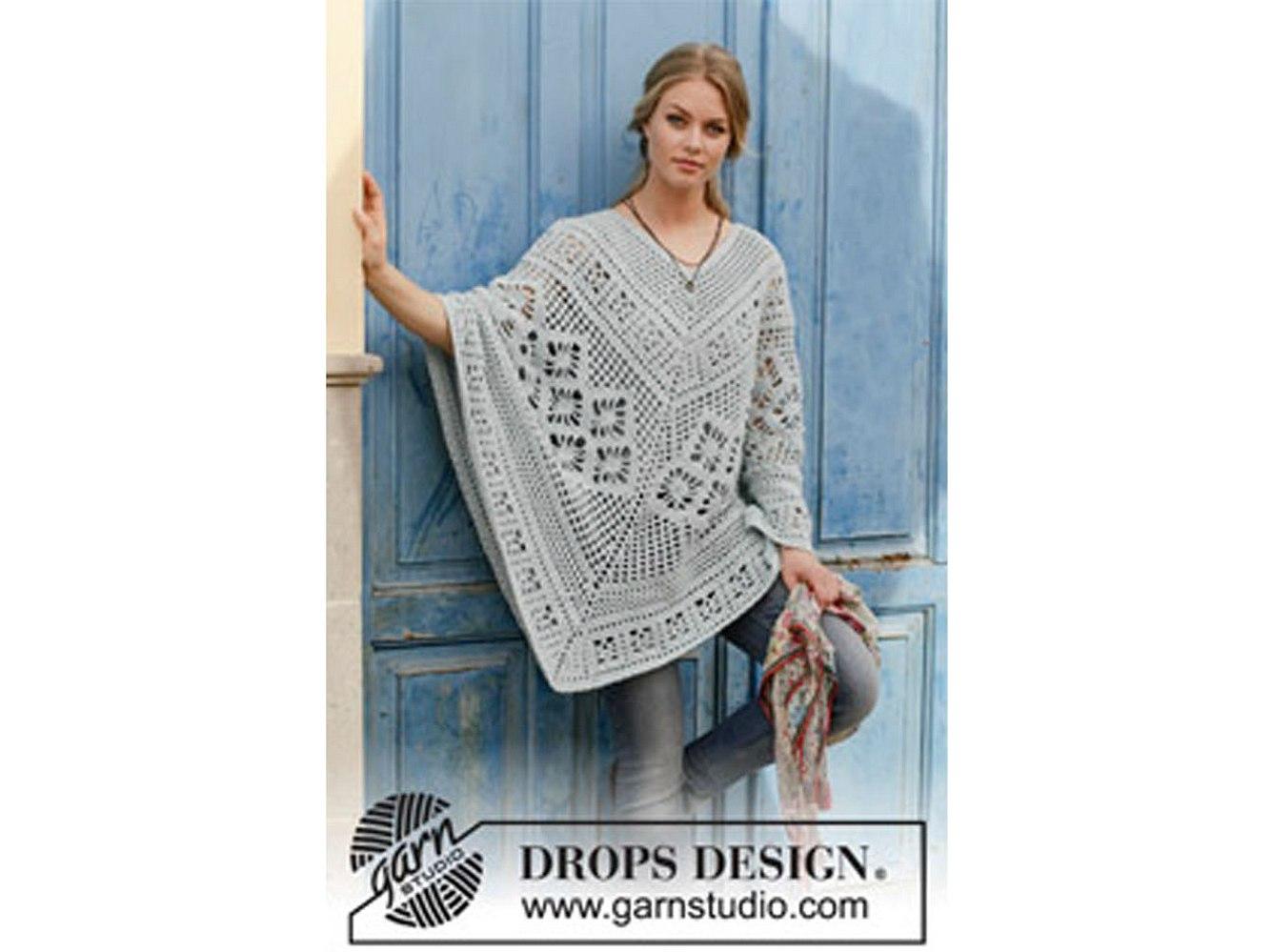 Mit seiner Farbe lässt sich der Poncho wunderbar mit anderen Kleidungsstücken kombinieren.