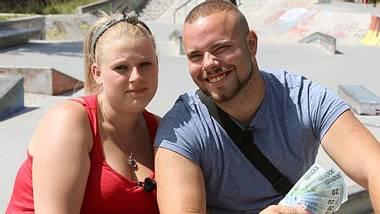 Christian und Nathalie betrügen den Staat. - Foto: Pressefoto: RTL2