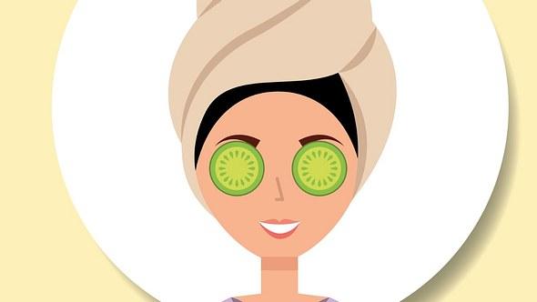 Augenmaske selber machen - Foto: johavel/iStock