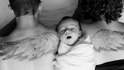 Eltern zeigen rührendes Foto von ihrem verstorbenen Sohn - Foto: Twitter / Grass