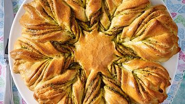 Unser Bärlauchbrot ist nicht nur was für die Feiertage. - Foto: House of Food / Bauer Food Experts KG