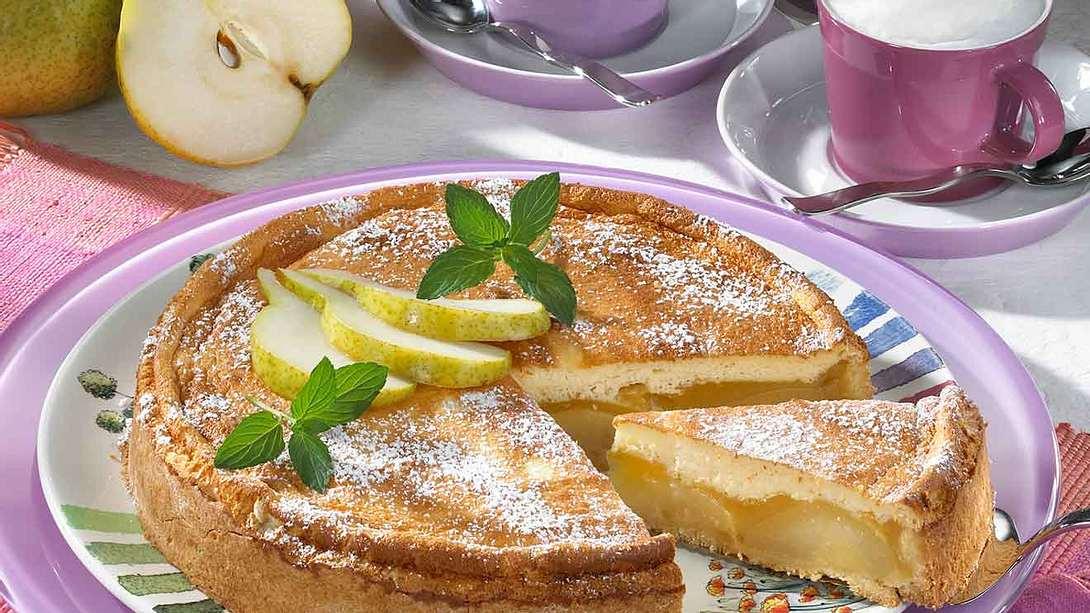 Birnenkuchen mit Pudding: Rezept für Birnen-Fans - Foto: Food & Foto Experts