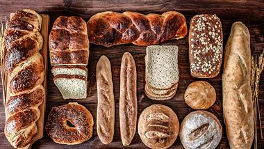 Brot auftauen: So schmeckt es wie am ersten Tag! - Foto: apomares/iStock