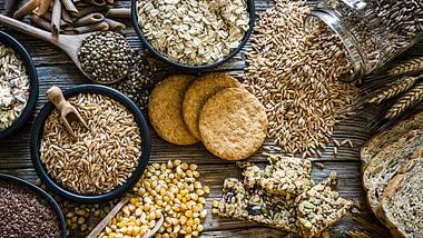 Du kannst Brot ganz ohne Mehl und Hefe backen. - Foto: iStock/fcafotodigital