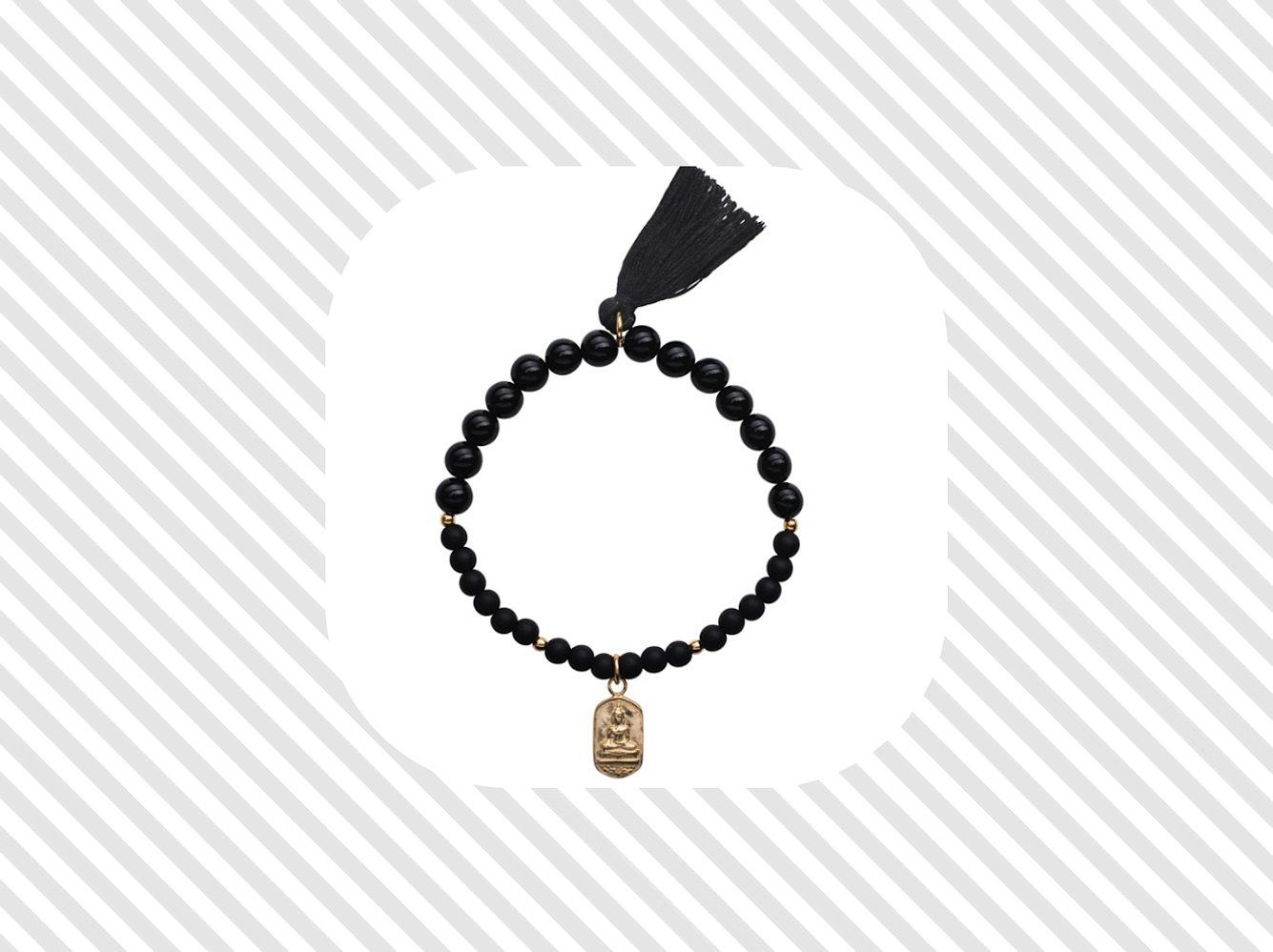 Buddha-Armbänder – der Name verrät, wem dieser Schmuck gewidmet ist. Die genaue Bedeutung und schöne Schmuckstücke findest du hier.