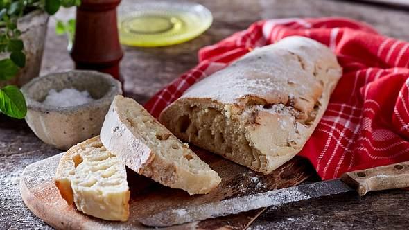 Ein Ciabatta kann jeder backen, vor allem mit unserem Grundrezept. - Foto: House of Foods