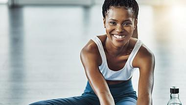 Mit dem richtigen Cool Down kannst du deine Leistung steigern. - Foto: iStock/Delmaine Donson
