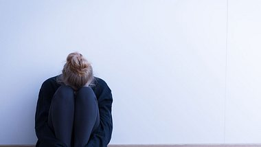 Bei der Depression sind die Symptome vielfältig. - Foto: iStock/KatarzynaBialasiewicz