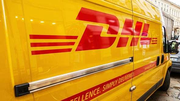 Polizei warnt vor gefälschten DHL- und UPS-Zustellbenachrichtigungen - Foto: iStock