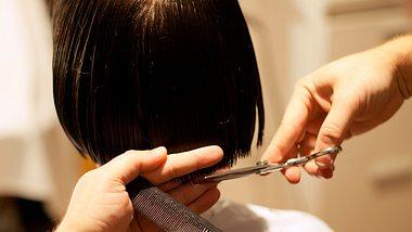 Diese 5 Frisuren sind Bob-Klassiker. - Foto: AleksandarNakic/istock