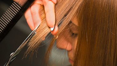 Auch 2021 sind Pony-Frisuren angesagt. - Foto: Wicki58/sitock