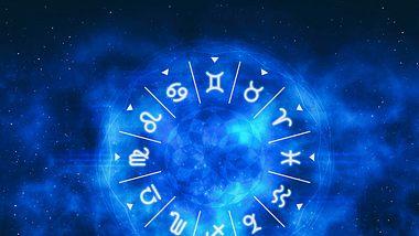 Drei Sternzeichen müssen in der Woche vom 30.11. bis 06.12.2020 aufpassen! - Foto: LeArchitecto / iStock