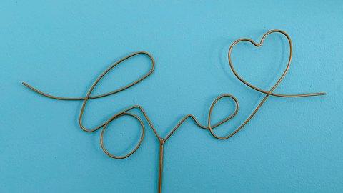Herzliche Liebesbeweise müssen nicht viel kosten. Mit diesen DIY-Geschenken machst du deinem Liebsten eine Freude! - Foto: iStock