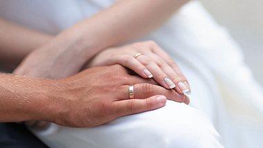 Die Beziehungsdauer vor der Eheschließung kann die Wahrscheinlichkeit einer Scheidung stark beeinflussen. - Foto: iStock