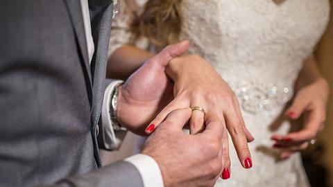 Eine Ehevertrag kann aus vielen Gründen sittenwidrig sein! - Foto: iStock
