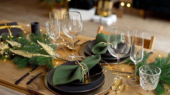 Unser einfaches Weihnachtsmenü verzaubert deinen Gast! - Foto: Viktoriia Bielik/iStock