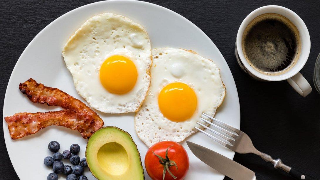 Proteinreiches Frühstück - Foto: istock/IGphotography