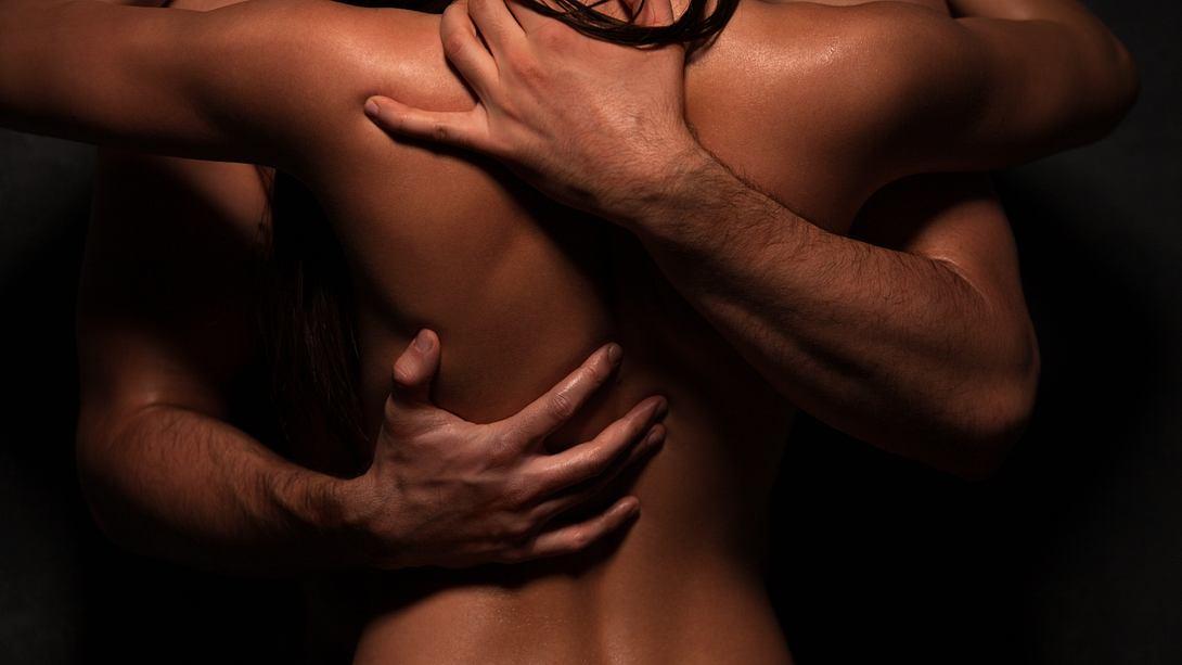 Erotische Geschichte: Ungeahnter Höhepunkt - Foto: miljko/iStock
