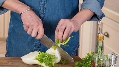 Fenchel lässt sich leicht fürs Grillen präparieren. - Foto: alle12/iStock