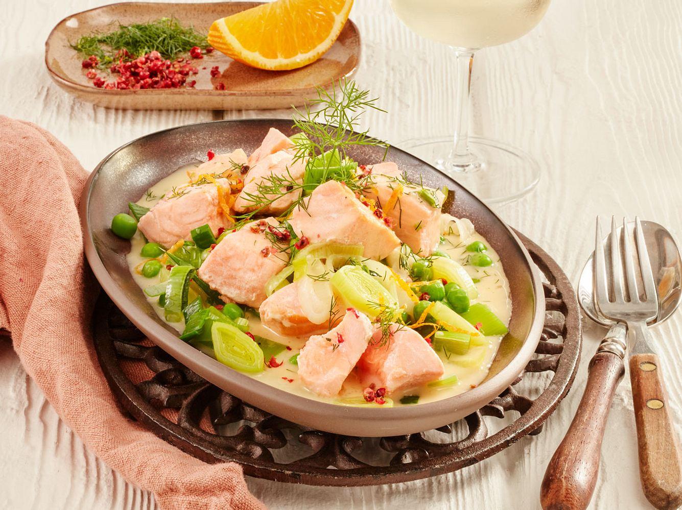 Fisch Rezepte können so einfach sein, so wie unser Lachsragout.