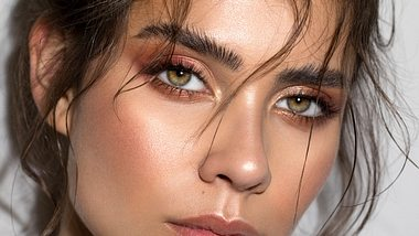 Foxy Eyes: Das Augen Make-up mit Lifting-Effekt - Foto: svetikd/iStock