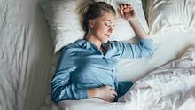 Gut schlafen - die besten Tipps - Foto: FreshSplash/iStock