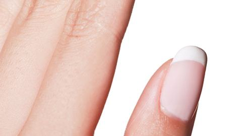 french manicure - Foto: Istock