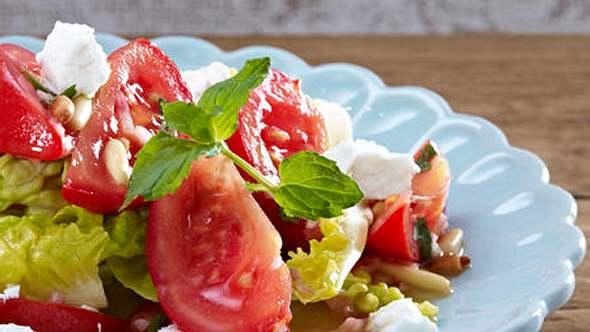 Diese Gerichte ohne Kohlenhydrate sind schnell gekocht und ruck zuck vernascht. - Foto: RFF