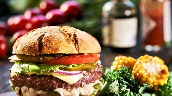 11 gesunde Burger Rezepte zum Schlemmen - Foto: Olivia/iStock