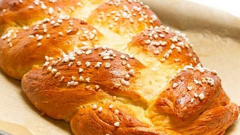 Glutenfreier Hefezopf: Das Rezept zum Nachbacken - Foto: iStock/ HaraldBiebel
