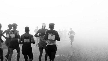 Manchmal muss man einen Halbmarathon trotz Training absagen. - Foto: iStock / millsrymer