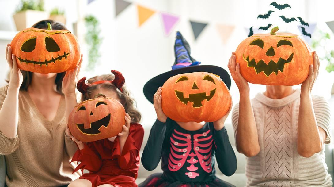 Halloween Spiele: Großer Grusel-Spaß für Kinder und Erwachsene - Foto: iStock/Choreograph