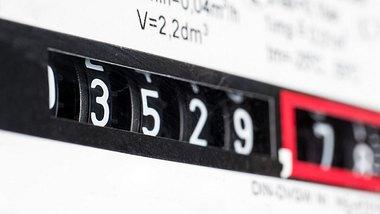 Hartz-IV: Hohe Strompreise treiben ALG 2-Empfänger in Existenznot - Foto: iStock/ra-photos