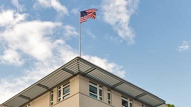 Havanna-Syndrom-Symptome sollen bei US-Diplomaten in Berlin aufgetreten sein - woher kommen sie? - Foto: Panama7/iStock