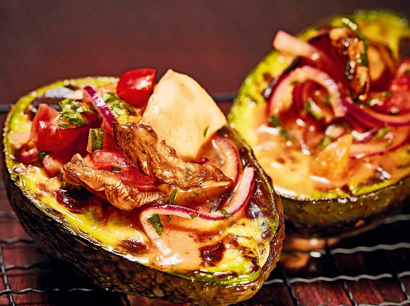 Avocado vom Grill - vegan und köstlich!