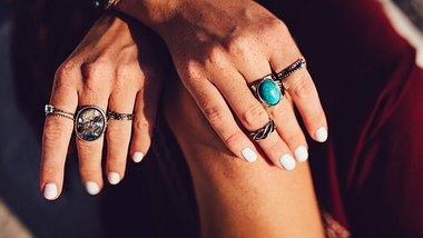 Welcher Stein passt zu deinem Sternzeichen? - Foto: wundervisuals/iStock
