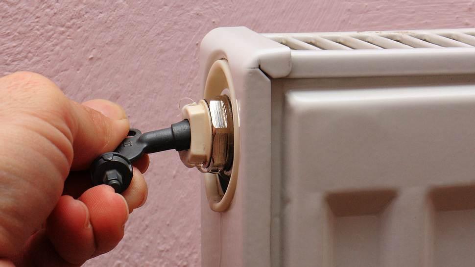 Eine Heizung richtig zu entlüften ist ganz leicht. - Foto: iStock