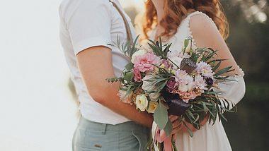 Hochzeit planen - mit diesen zehn Apps plant ihr ganz entspannt eure Traumhochzeit! - Foto: iStock