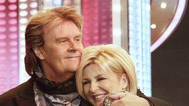 Howard Carpendale & Carmen Nebel: Gewaltiges Knistern! Die Gefühle sind echt - Foto: IMAGO / POP-EYE