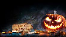 Am 31. Oktober ist Halloween! Anregungen für dein Halloween-Kostüm, schaurige Ideen für die Halloween-Party und mehr findest du hier! - Foto: AlexRaths / iStock