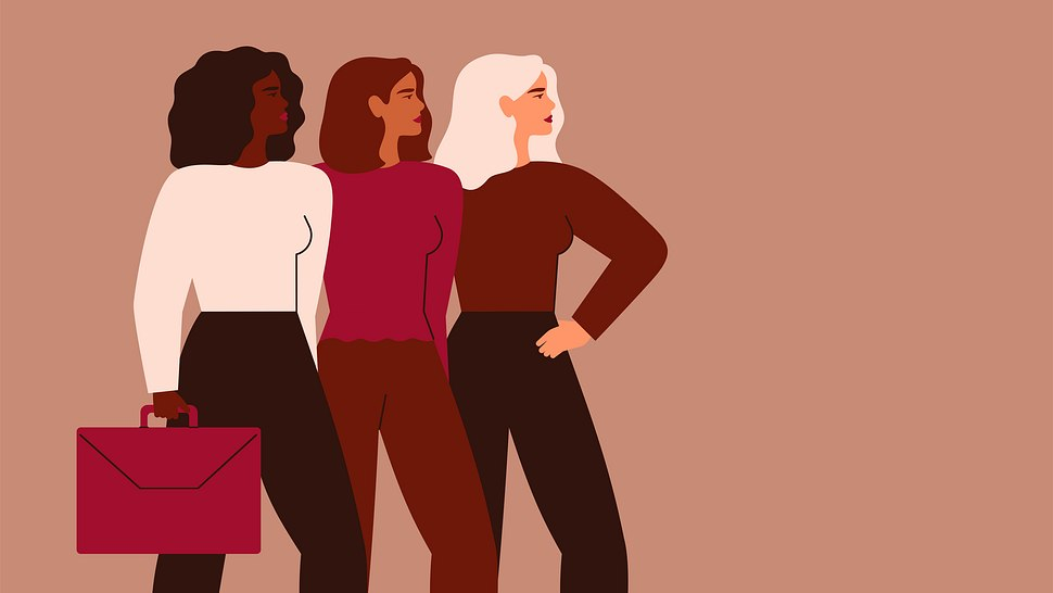 Confident businesswomen stand together. Strong females entrepreneurs support each other. - Foto: Getty Images/iStockphoto