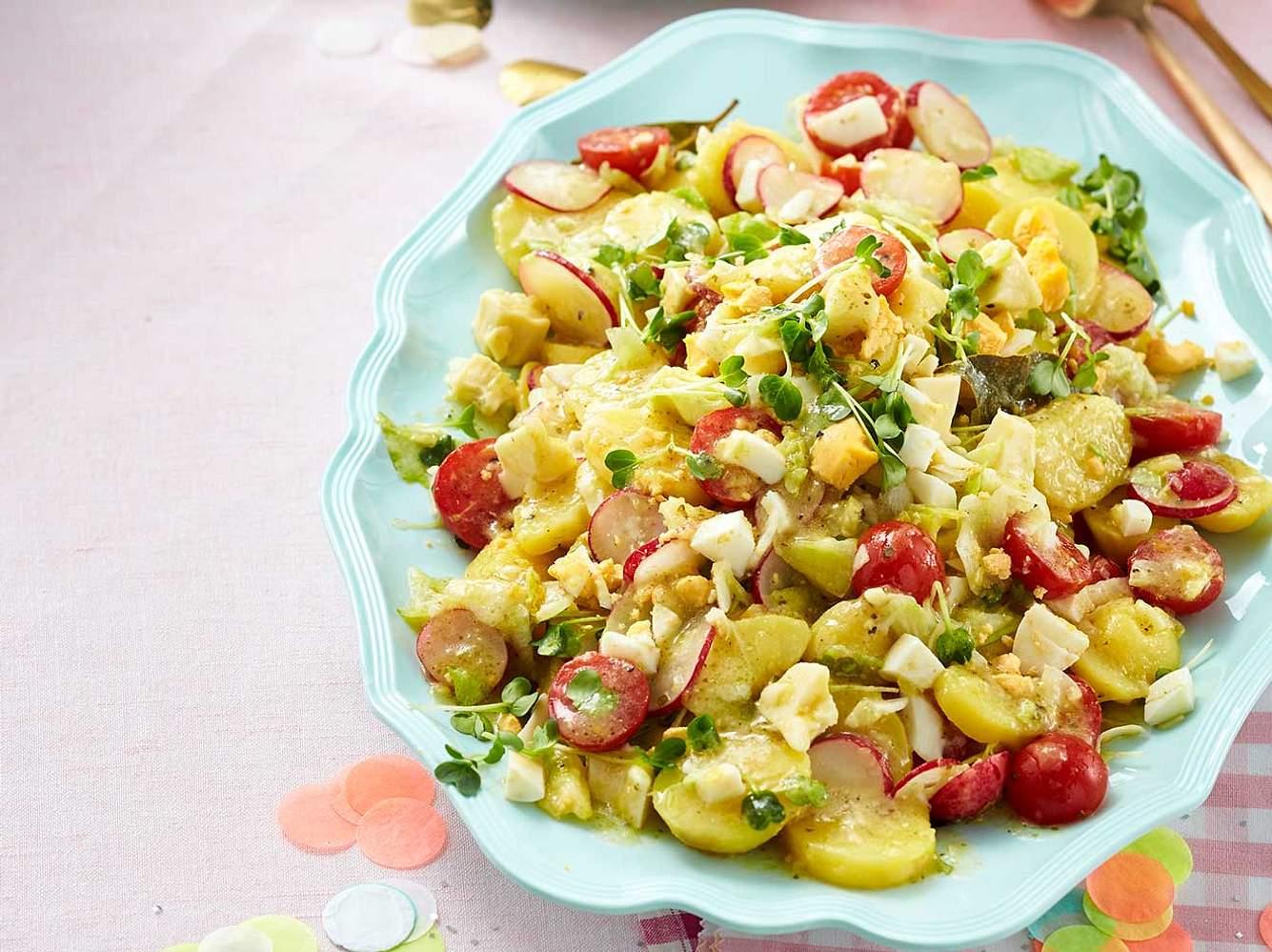 Käsesalat: Rezept für Kartoffel-Käse-Salat
